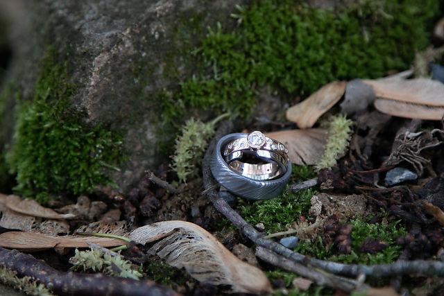 wedding rings at sylvanside farm