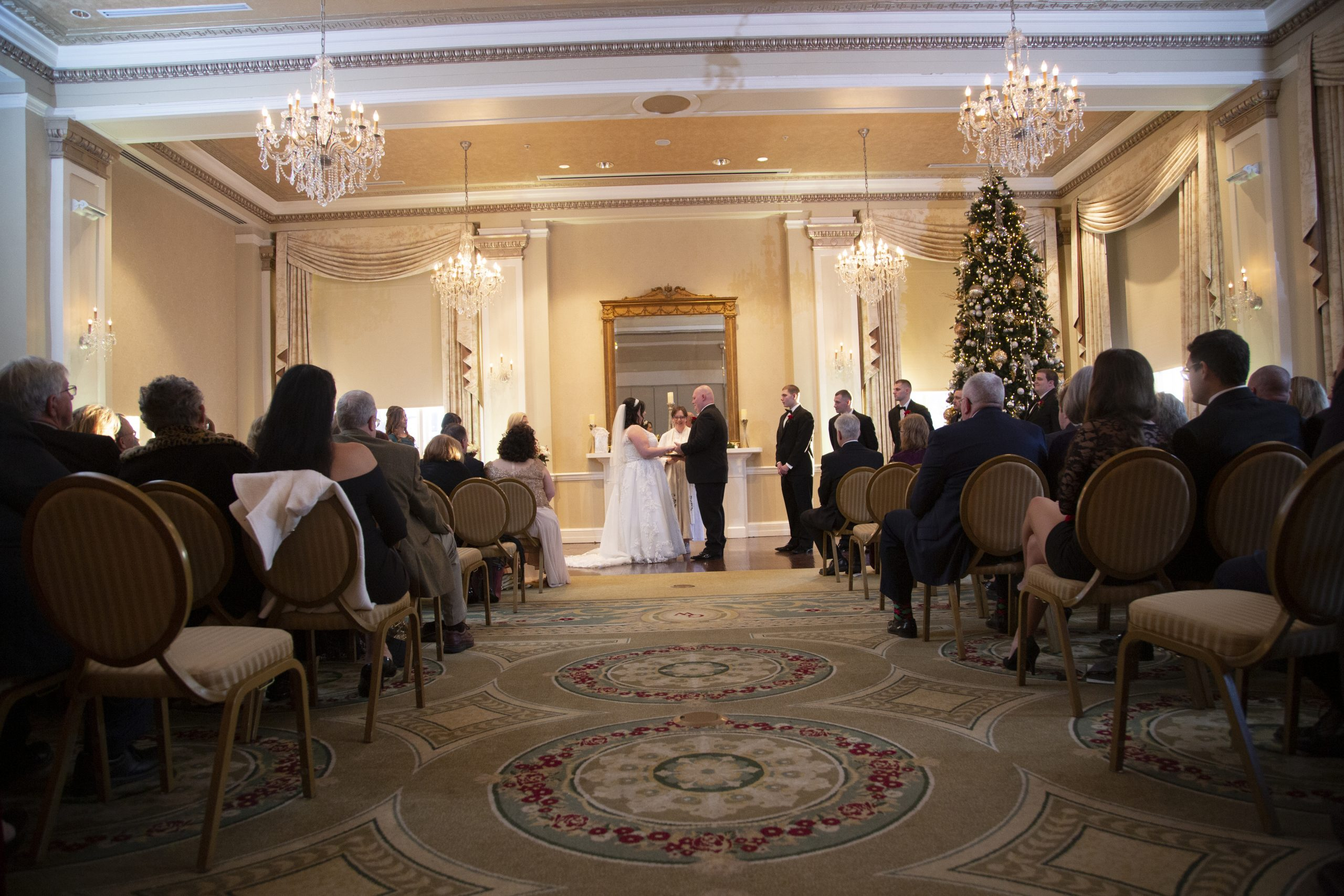 wedding ceremony at George Washington Hotel